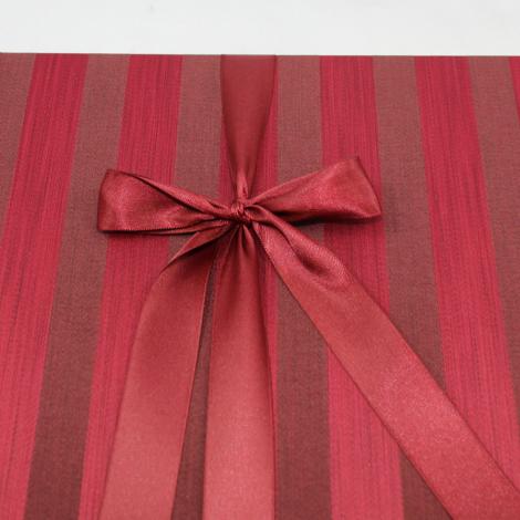 Fotoalbum Venezia im exklusiven Stoffeinband mit Streifenmuster in Rot oder Beigebraun