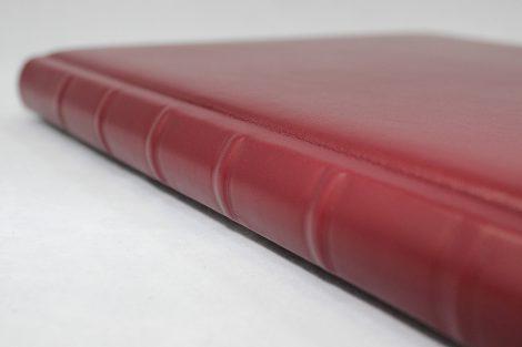 """Gästebuch 8""  aus glattem Vollrindleder mit Büttenblock"