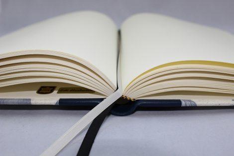 """Gästebuch """"Aereonautica"""" aus hochwertigem Halbledereinband mit Luftfahrzeugen"""