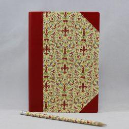 """Notizbuch """"Giglio"""" Halbleder – mit roten Lederelementen gestaltetes Vintage Notizbuch mit Fleur-de-lis Blumenmotiv"""