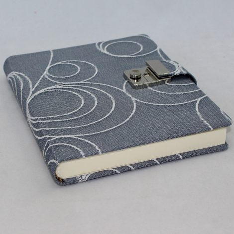 Tagebuch mit Schloss Lisa