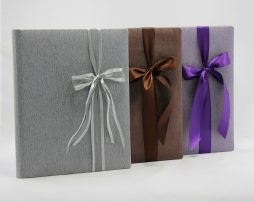 Gästebuch Great Feeling in drei Farben