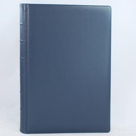 Gästebuch aus glattem blauem Leder mit Büttenrand