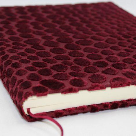 Gästebuch Tedd hochkant in rot oder blau