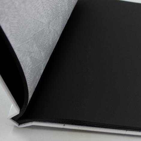 Fotoalbum mit Kordelbindung Genova in weiß mit schwarzem Fotokarton
