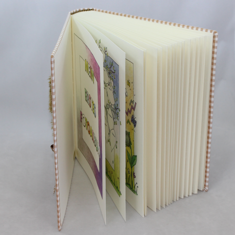 "Kinder Fotoalbum ""im Garten"" – Kinderalbum mit bunt bedrucktem Stoffeinband"