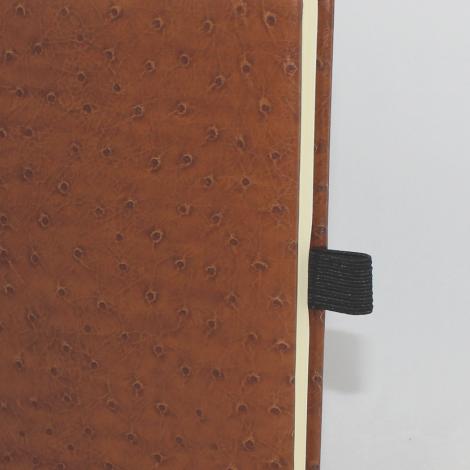 Kalender im Taschenformat in Straußenoptik mit Namensprägung in Gold