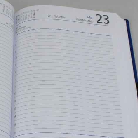 Taschenkalender DIN A5 mit Ihrem Namen in Blindprägung – viele Farben