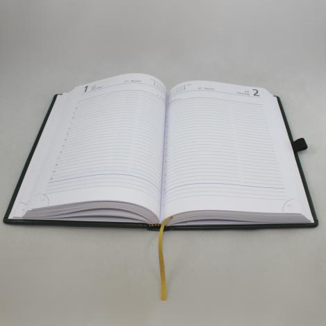 Taschenkalender DIN A5 mit goldener Namensprägung