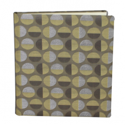 Gästebuch Swing hochkant in Grün – grünes Gästebuch im Stoffeinband mit schönem Webmuster aus Kreisformen