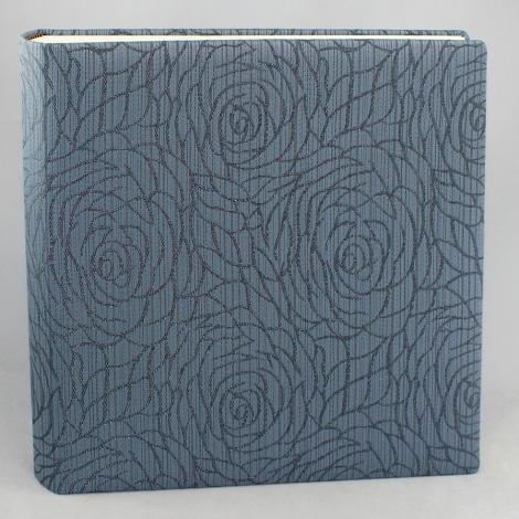 Fotoalbum Hekla in Blau – gewebter Stoffeinband aus Baumwolle mit modernem Rosenmuster