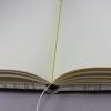 Gästebuch Hekla hochkant in Creme – Gästebuch im Stoffeinband mit 144 blanko Seiten und modernem Rosenmuster