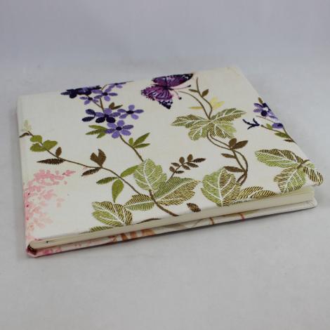 Gästebuch Milla Quer mit gestickten Blumen