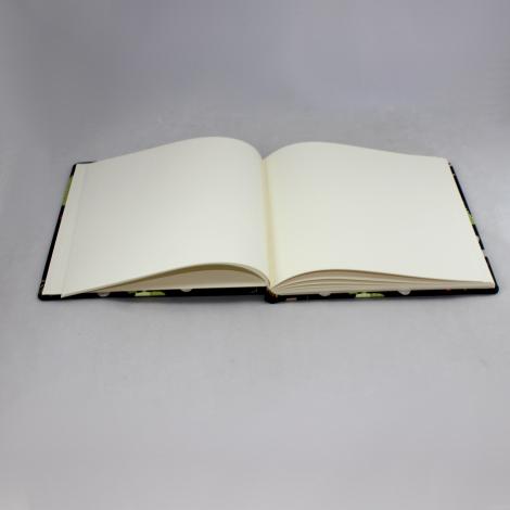 Tagebuch / Poesiealbum Krokodil braun im Stoffeinband mit bunten Krokodilmotiven