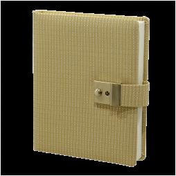 Tagebuch mit Schloss Tokio in Gelb